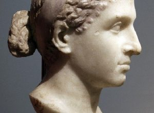 Contrary to popular belief, Greek ruler Cleopatra could have been of African descent 4