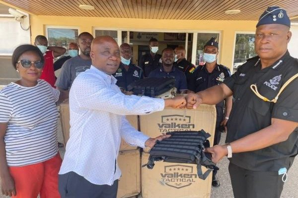 CEO of A-Plus Business, Aspiring NPP Youth Org. donate 100 packs of bulletproof vests to Ghana Police 1